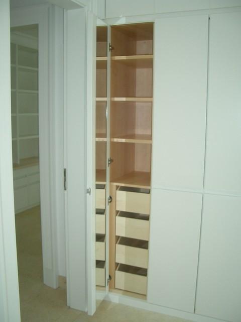 schlafzimmer ankleide klassisch other metro von. Black Bedroom Furniture Sets. Home Design Ideas