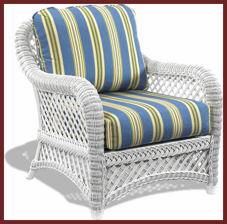 white wicker outdoor chairs 3