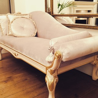 Josephine luxury chaise longue contemporary chaise for Chaise longue london