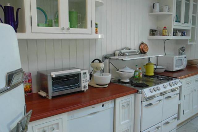 Houzz Countertop Materials : ... Wood Kitchen Countertop by Grothouse traditional-kitchen-countertops