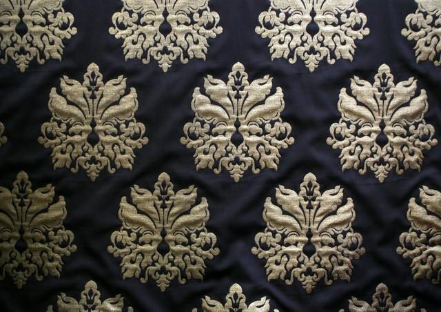 tissus en soie lille by tissus de luxe. Black Bedroom Furniture Sets. Home Design Ideas