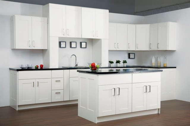 Findley myers malibu white kitchen cabinets modern for Kitchen cabinets 75 off