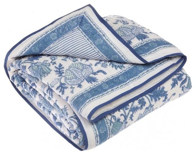 Amanda Quilt Blue Transitional Quilts And Quilt Sets