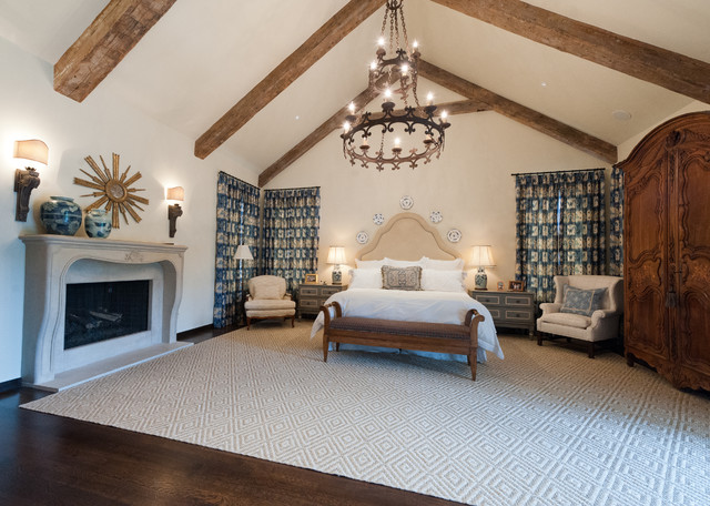 Elegant Area Rug Master Bedroom