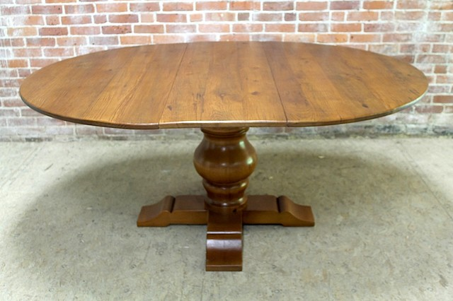 52 round reclaimed dining table rustic dining tables for Round table 52 nordenham