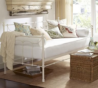 Savannah Metal Daybed Trundle Distressee Antique White Traditional Daybeds