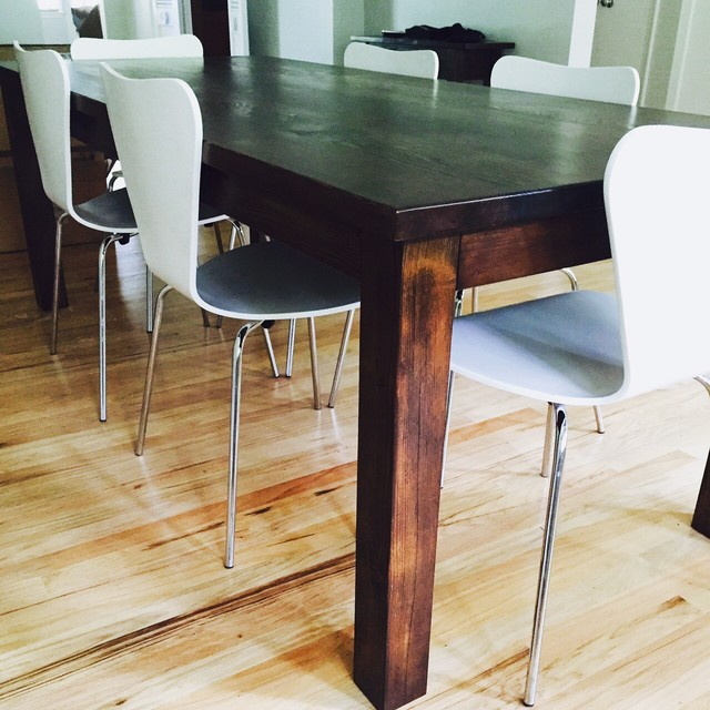 reclaimed wood parson 39 s table traditional dining tables