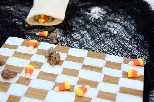 DIY: Fun and Easy Halloween Party Decor