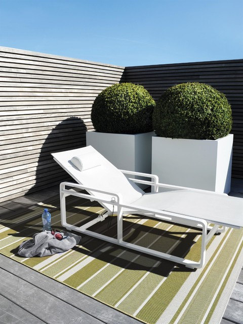 benuta outdoor teppich essenza modern outdoor teppiche other metro von benuta. Black Bedroom Furniture Sets. Home Design Ideas