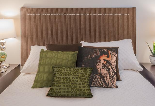 Tstd throw pillows - Cuscini decorativi ...