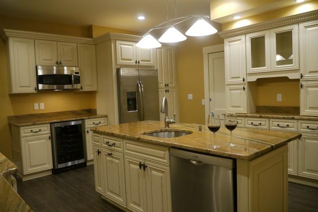Residential homes boston de aks merit constructor inc for 460 longview terrace greenville sc