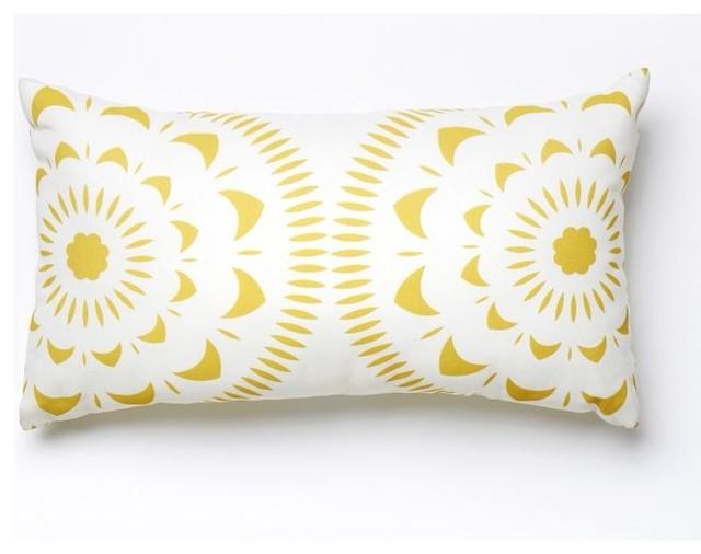 Outdoor Brights Pillow Sunburst Lemon Curry