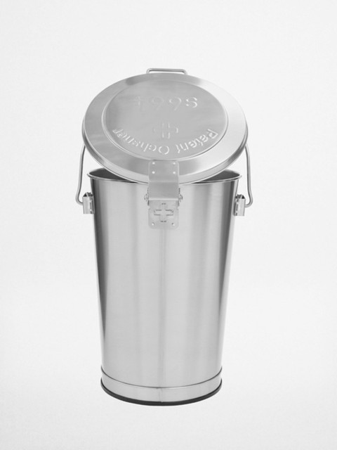 Charmant Small Outdoor Trash Can With Locking Lid Designs