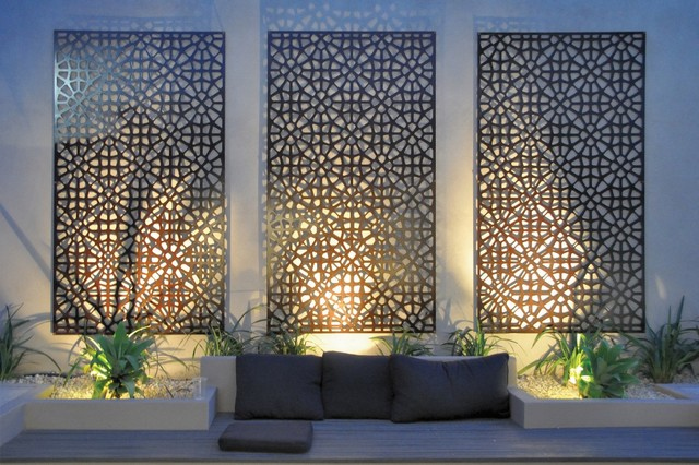 Grail outdoor screen and wall art contemporary for Modern exterior wall design