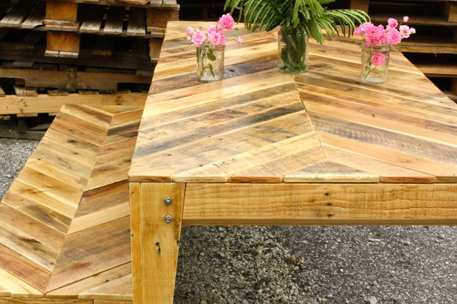 Chevron Design Pallet Table And Bench Modern Dining Tables Atlanta By