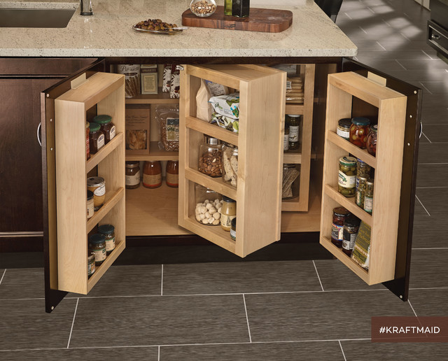 KraftMaid: Built-In Kitchen Pantry - Traditional - detroit - by KraftMaid