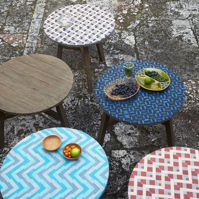 Mosaic tiled bistro table, aqua glass   trendy   udendørs ...