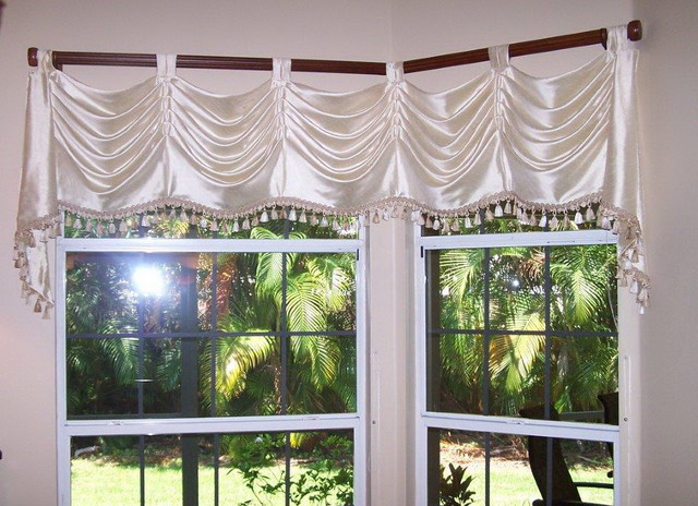 Diningroom Pole Swag With Cascades And Fringe Traditional Curtain Rods Tampa By Vintage