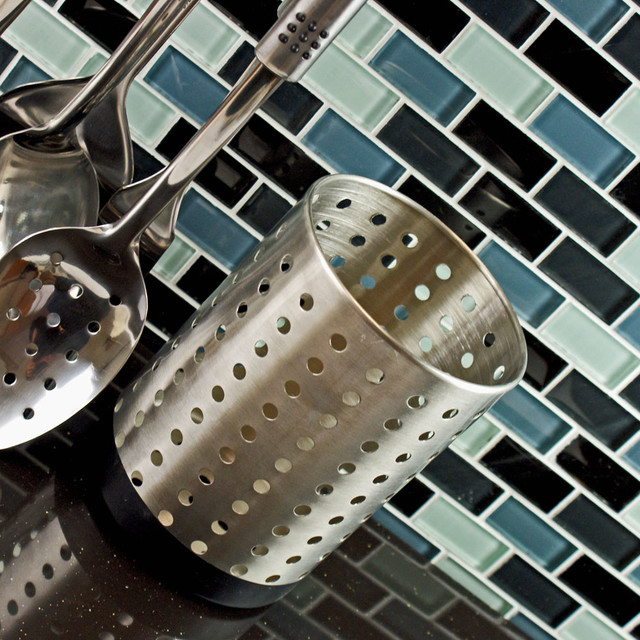 how to cut glass tile with mesh backing nipper