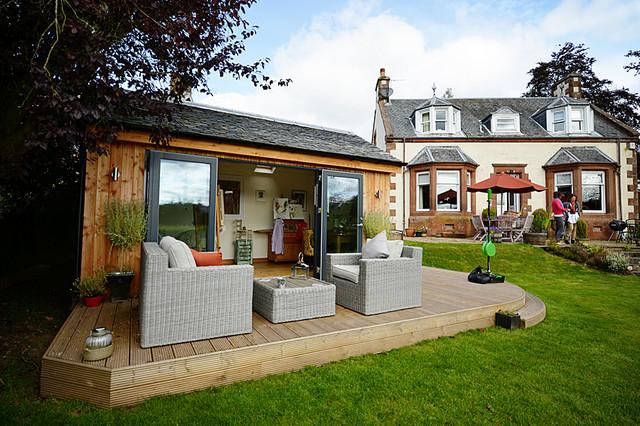 Contemporary garden studio eclectic prefab studios for Prefab garden studio