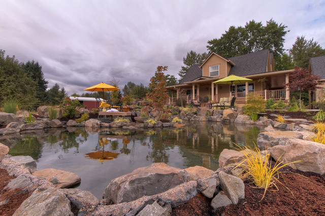 Dramatic pond and waterfeature portland di paradise for Paradise restored landscaping exterior design