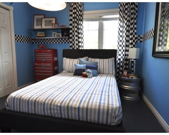 Garage theme home design ideas pictures remodel and decor for Garage themed bedroom ideas
