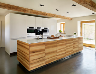 Spaces by North West Kitchen Designers & Remodelers bulthaup by Kitchen Architecture