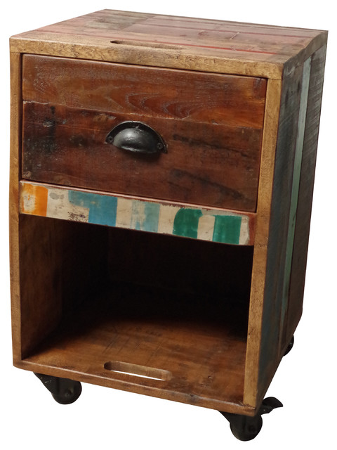 Wooden crate side table on wheels rustic side tables for Crate style coffee table