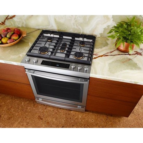 Countertop Stove Jenn Air : cant speak to it being different from the whirlpool or not.
