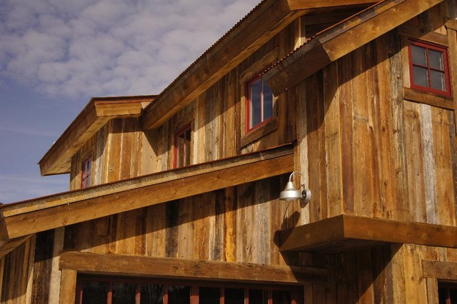 Barnwood Siding Rustic Exterior Other By Alpenglow Building Des