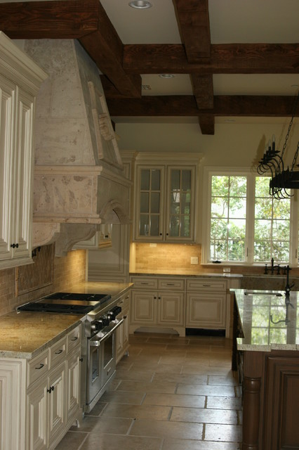Arrowood traditional kitchen countertops houston for Kitchen design 14x14