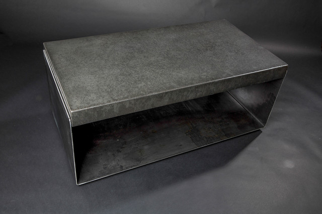 Bent steel and concrete coffee table contemporary for Table exterieur design aluminium