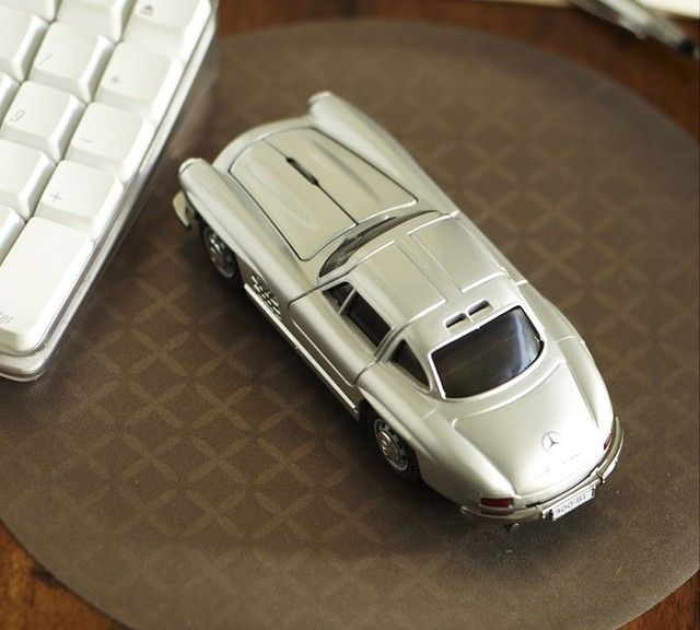 mercedes benz 300 si wireless mouse eclectic home