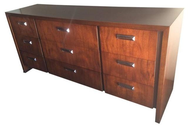 Vintage Lane Dresser With Chrome Handles Dressers