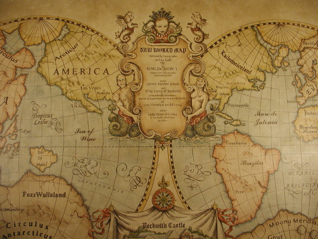 Old world map mural for Antique world map wallpaper mural