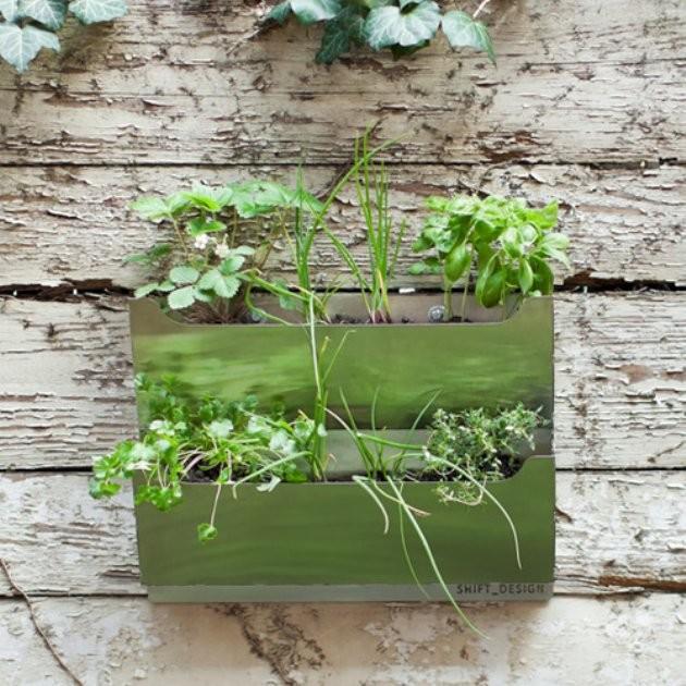Rectangle Metal Wall Mounted Cedar Herb Garden Planter