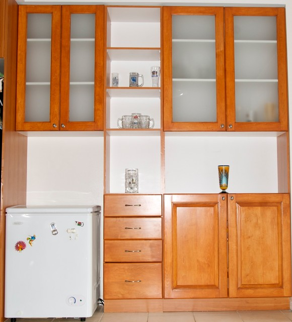 Kitchen Addition With Maple Cabinet Doors Traditional