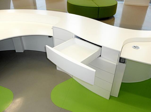 corian verarbeitung modern schreibtische aufs tze. Black Bedroom Furniture Sets. Home Design Ideas