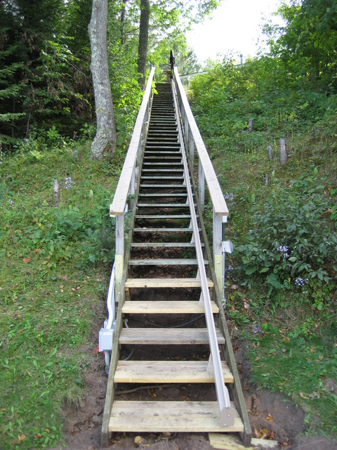 Outdoor stair lift minnesota beach style minneapolis for Outdoor elevators for beach houses