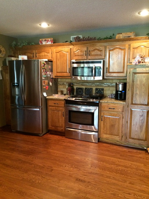 Help I Don 39 T Want White Kitchen Cabinets