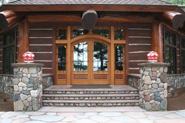 Grand entrance door traditional front doors for Grand entrance doors
