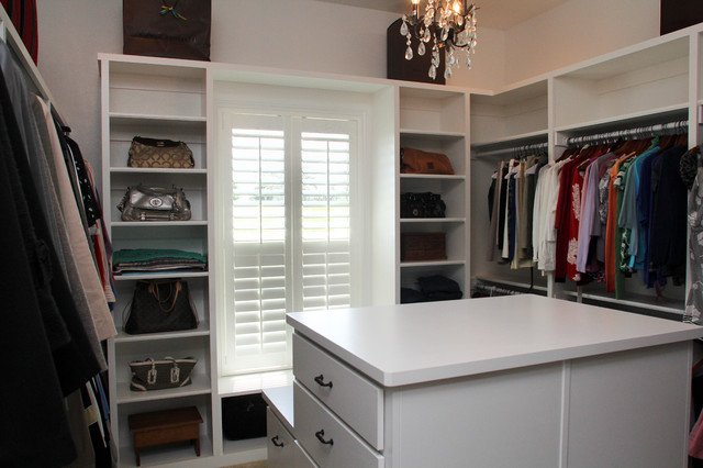 Stonebriar - Traditional - Closet - little rock - by Homes ...