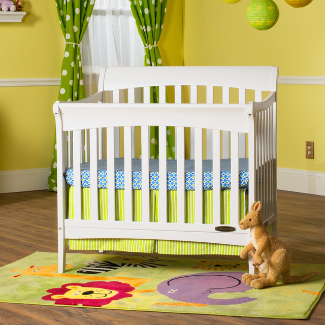 Child Craft Ashton Mini 4 in 1 Convertible Crib in Matte
