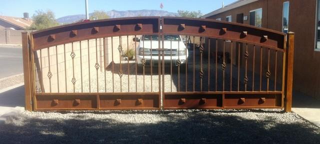 Gates rustic home fencing and gates albuquerque by for Rustic home albuquerque