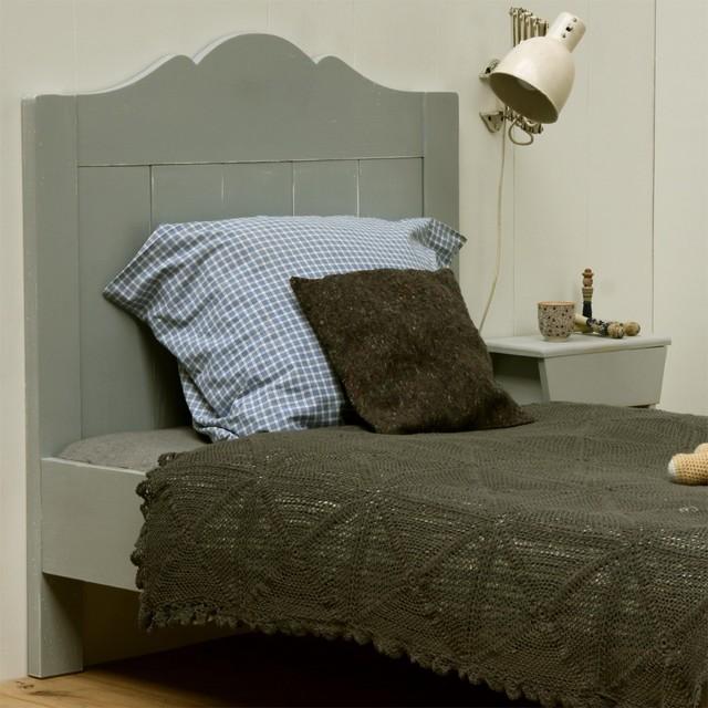 lit pin massif avec sommier 90x200 gris vintage emma other metro di alfred et compagnie. Black Bedroom Furniture Sets. Home Design Ideas