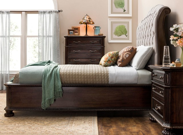 Raymour & Flanigan Furniture - Traditional - Bedroom ...