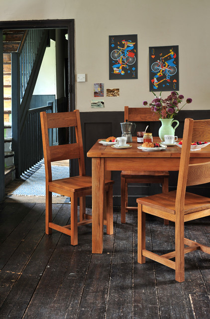 Cotswold Kitchen Table And Ladder Back Chairs
