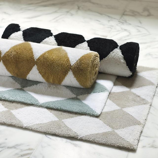 Harlequin bath rug khaki medium contemporary shower for Ballard designs bathroom rugs
