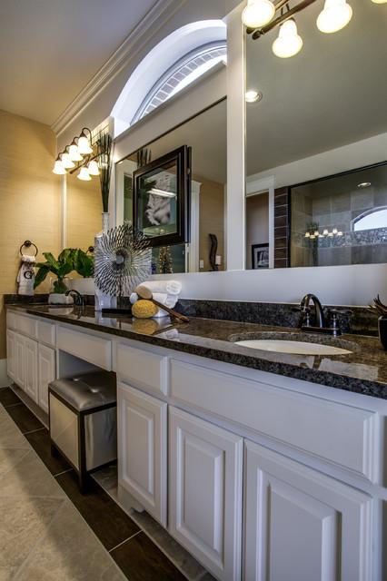 Grand homes traditional bathroom dallas by je for Grand home designs inc