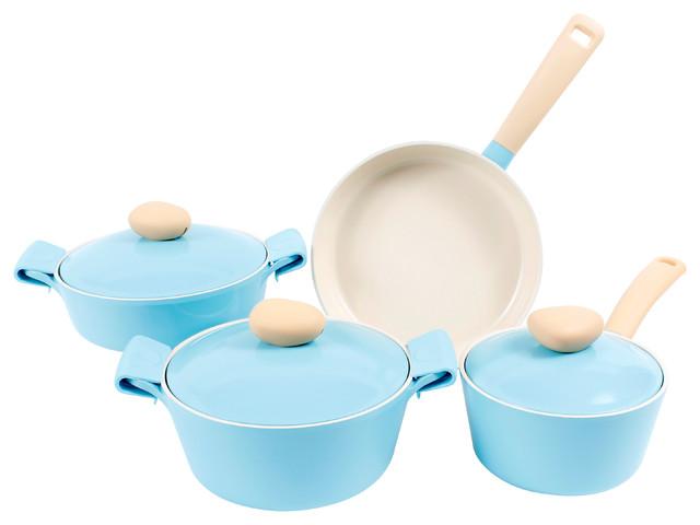 Retro cast aluminum cookware pastel blue 7 piece set for Scandinavian housewares